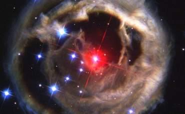 Kızıl Nova, Dünya Göklerini de Aydınlatacak!