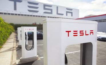 Musk, Dünyanın En Büyük Bataryasını İnşa Edecek!